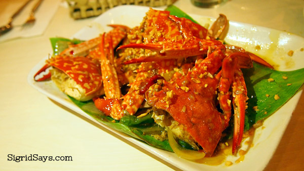 Butter-garlic crabs at Ading's Pala-pala