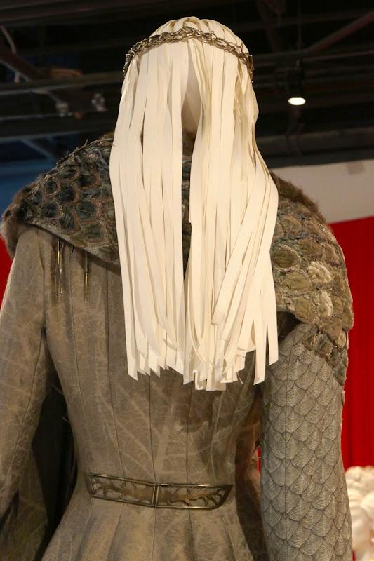 Sansa Game of Thrones Queen North costume back