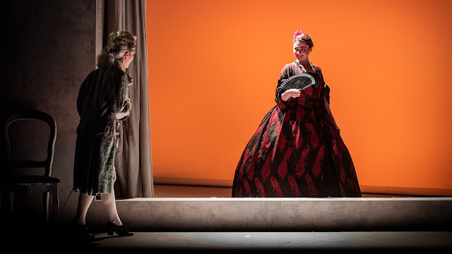 Massenet: Chérubin - Yuki Akimoto, Hazel Neighbour - Royal Academy Opera (Photo Robert Workman)