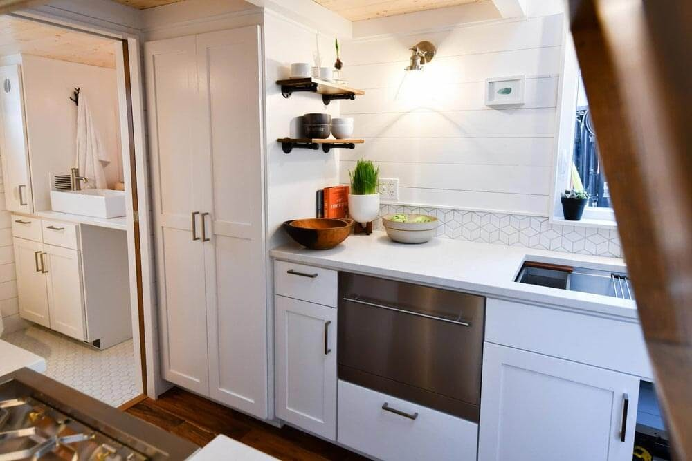 05-Kitchen-Truform-Compact-Architecture-Tiny-House-Living-www-designstack-co