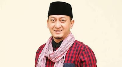 Teror Katedral Makassar Menurut Zacky Mirza