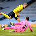 Borussia Dortmund vacila no fim e perde do Manchester City no jogo de ida das quartas da Champions