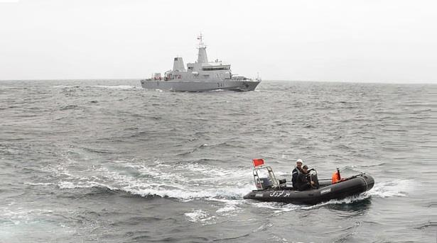 البحرية الملكية تنقذ 72 'حراكاً' بينهم آسيويين حاولوا الهجرة إلى أوربا !