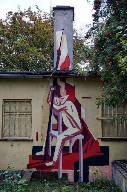 Several New Pieces From Polish Street Artist Jacyndol on the streets of Miechucino & Gdynia, Poland. 6