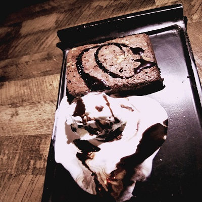 Golden Oreo Strawberry Cake