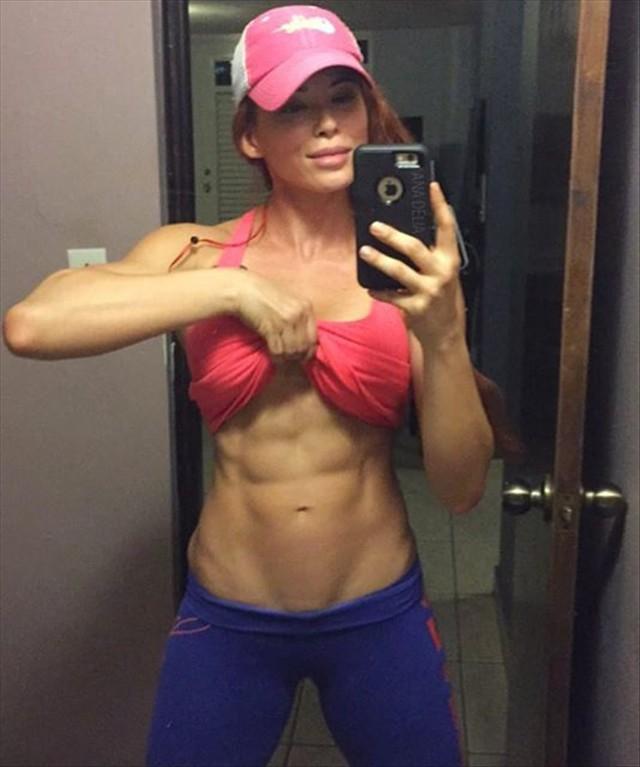 IFBB Pro Bikini Fitness Model Ana Delia De Iturrondo