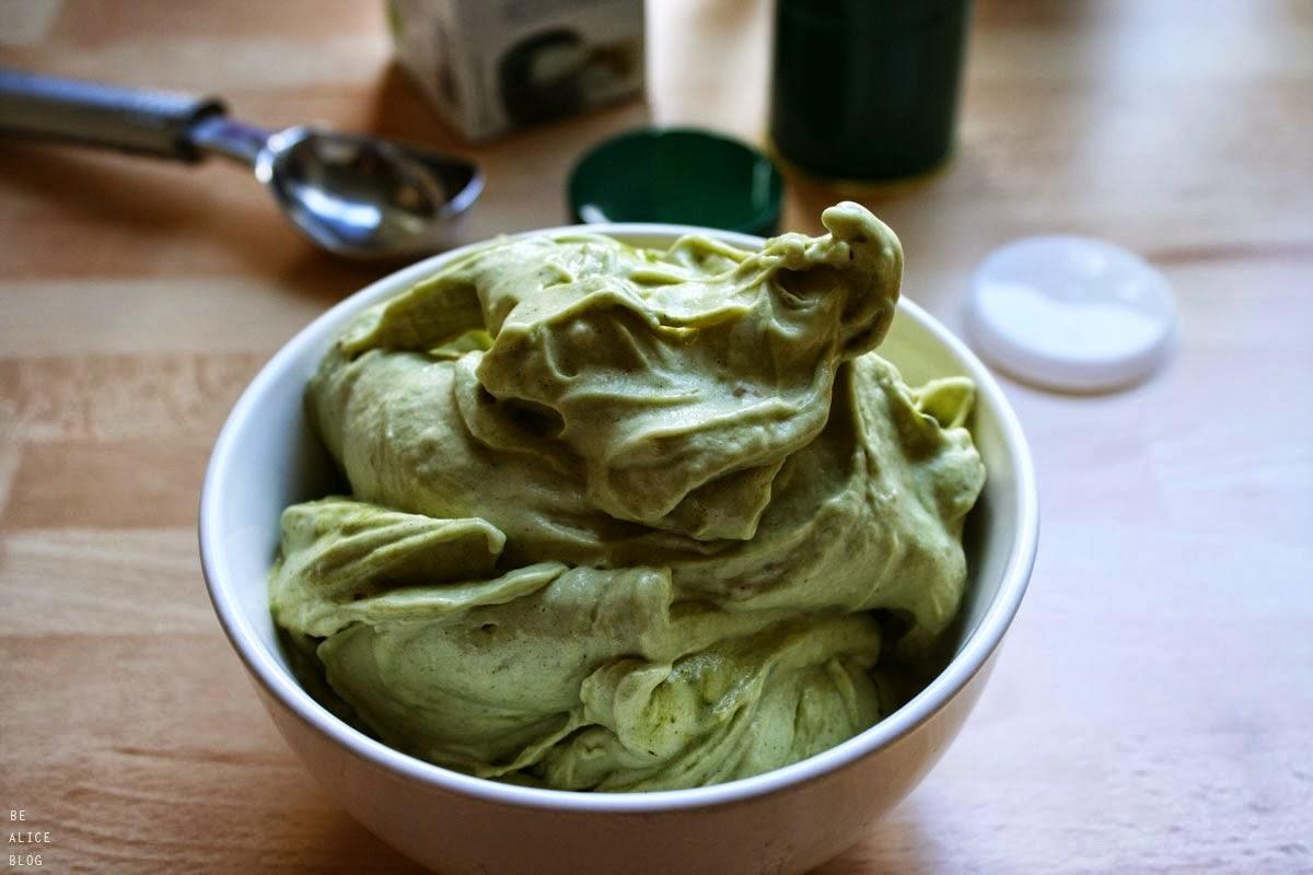 http://be-alice.blogspot.com/2014/03/matcha-green-tea-ice-cream.html
