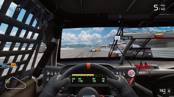 Free Download NASCAR Heat 5