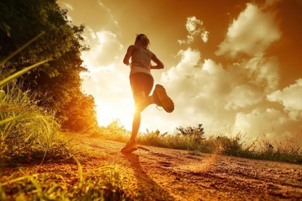 Manfaat Jalan Kaki di Pagi Hari yang Perlu Kamu Ketahui