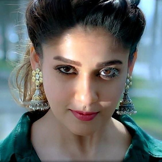 Best Indian Beautiful Actresses DP For Profile