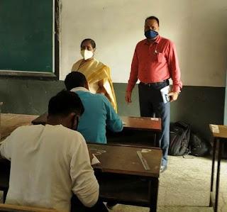 कुलपति ने आठ महाविद्यालयों में परीक्षा का किया निरीक्षण | #NayaSaberaNetwork