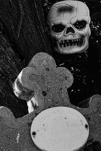 Cementerio de Morillo de Monclús
