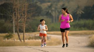 Bosan Di Rumah Terus? Ini 4 Cara Menghilangkannya Bagi Ibu dan Si Kecil