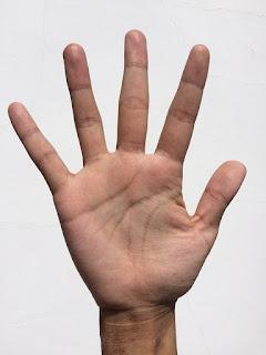 cara menghaluskan kulit telapak tangan yang kasar dan kapalan