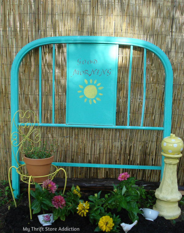 The Top 5 Things to Look for at Yard Sales mythriftstoreaddiction.blogspot.com 3. Repurposed junk for the garden