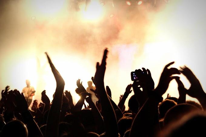 Telefon olmadan konser izlemeye ne dersiniz?