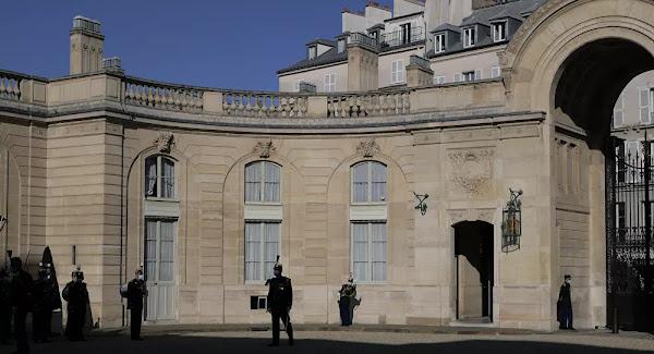 L'ex-chargé de protection de Macron et Hollande est soupçonné d'être lié au banditisme corse, selon Mediapart