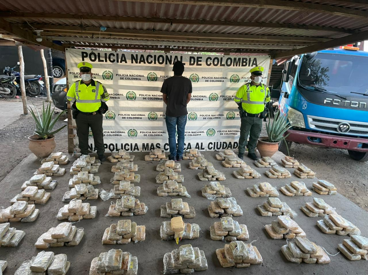 hoyennoticia.com, 220 kilos de marihuana se incautaron en Maicao