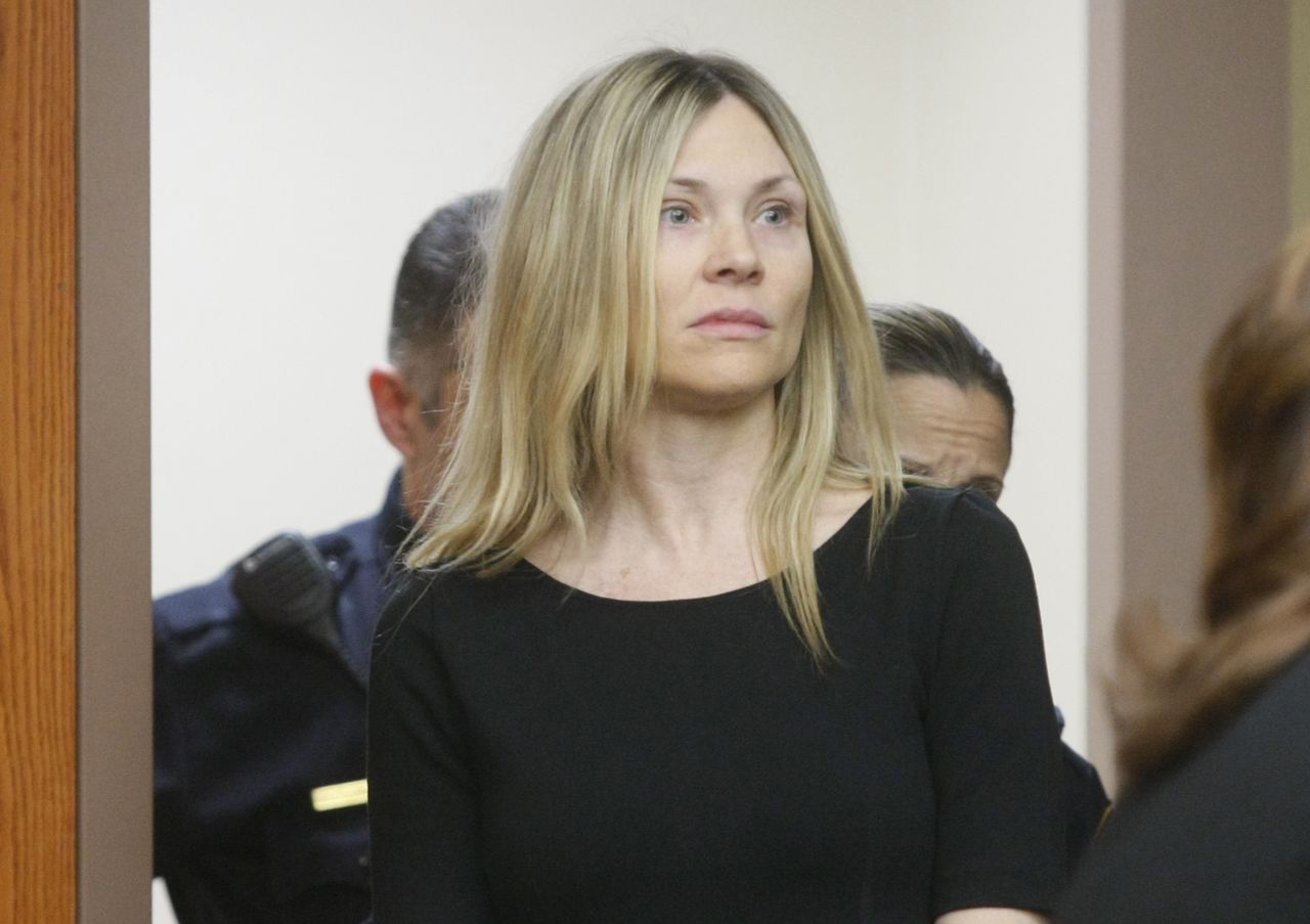 FILE - In this Feb. 14, 2013, file photo, Amy Locane enters the courtroom to be sentenced in Somerville, N.J.Patti SaponeNJ Advance Media via AP, Pool, File