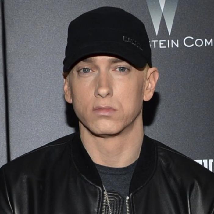 Eminem regala comida a los trabajadores de la salud que combaten el coronavirus