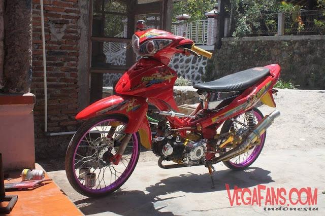 Modifikasi Jupiter Z Merah Thailook Style