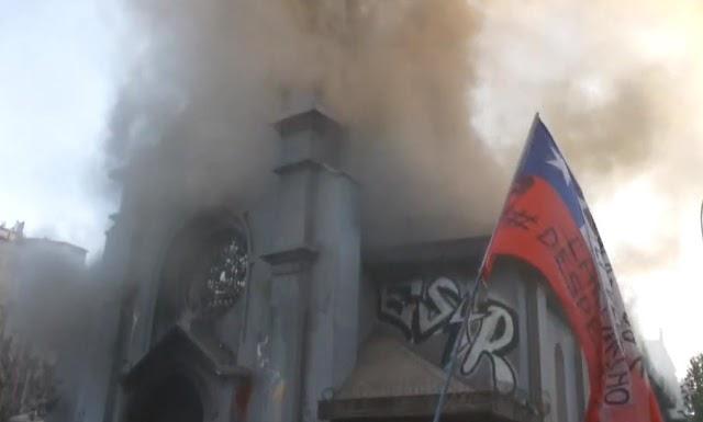 92,3% veem destruição de igrejas no Chile como ameaça direta aos cristãos