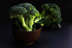 13 NUTRITIONAL BENEFITS OF BROCCOLI