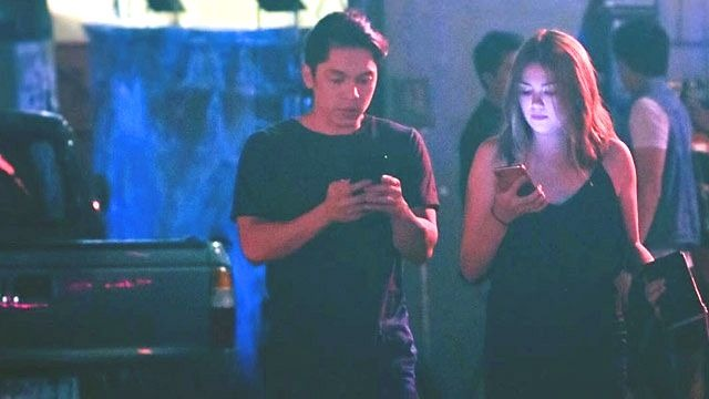 Carlo Aquino as Nix and Angelica Panganiban as Pia in 'Exes Baggage'