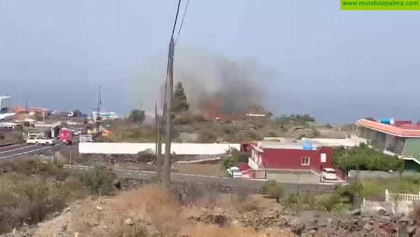 """Conato de incendio en El Paso junto a la """"Recta Padrón"""""""