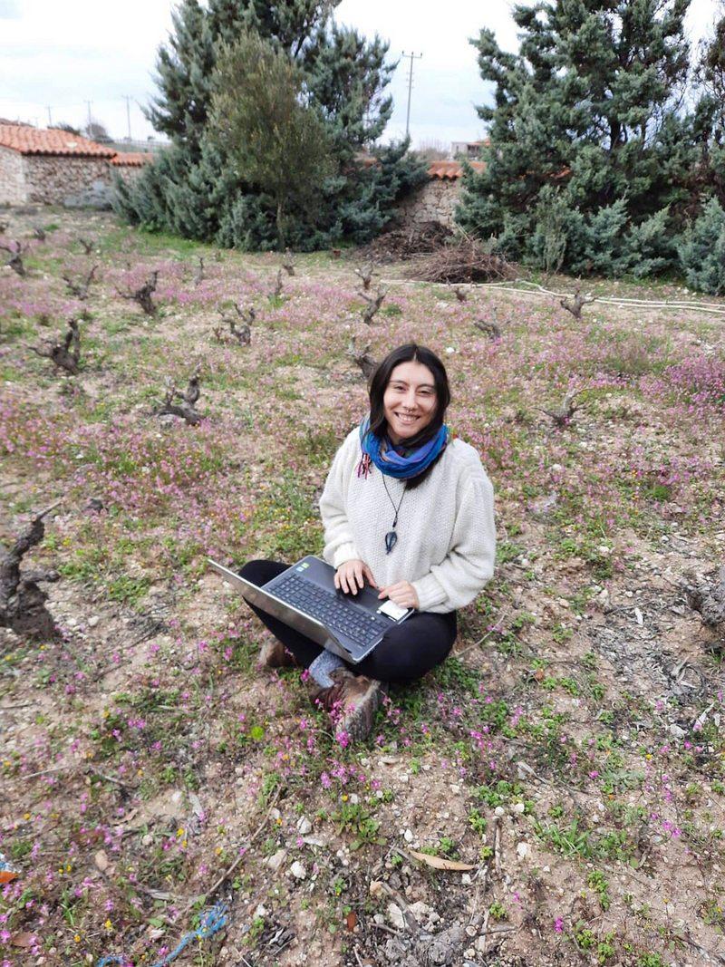 Alumna de Diseño de Valparaíso rindió su examen de título desde una isla en Turquía