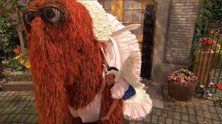 Snuffy, Alan, Sesame Street Episode 4321 Lifting Snuffy season 43