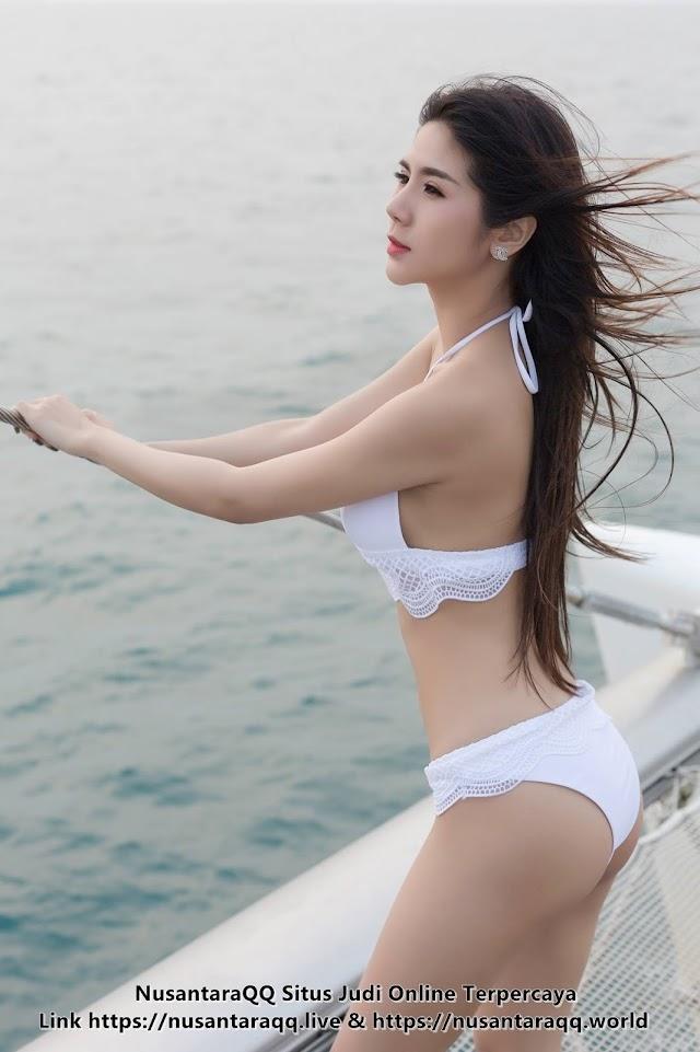 9 Foto Model Seksi Radaporn Chulasawok