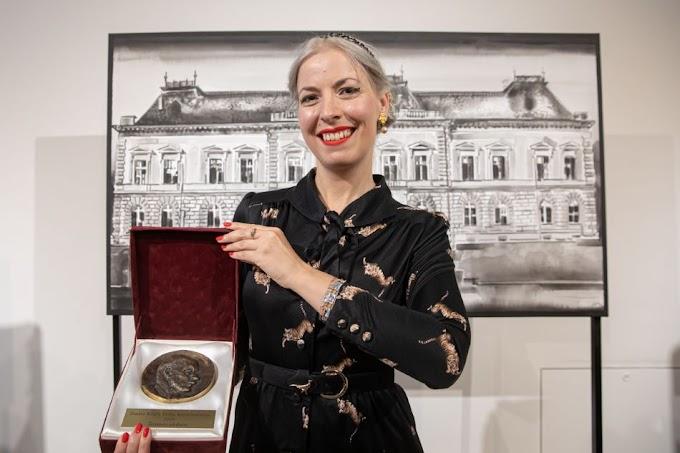 Szabó Klára Petra kapta a Vásárhelyi Őszi Tárlat fődíját