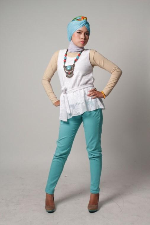 model IGO konsep foto hijab dalam ruangan dengan tips sederhana ligthing 2016