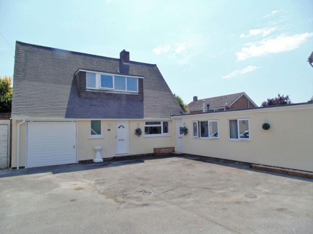 6 bed house, Fishbourne Road West, Chichester,