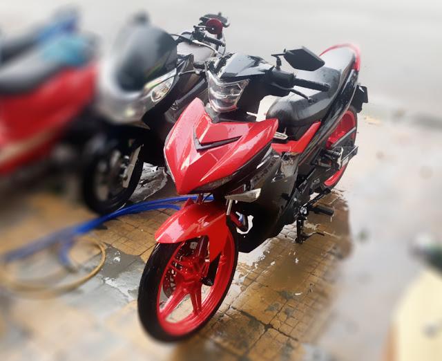 Mẫu sơn xe máy Exciter 150 màu đỏ phối đen tai TP.HCM
