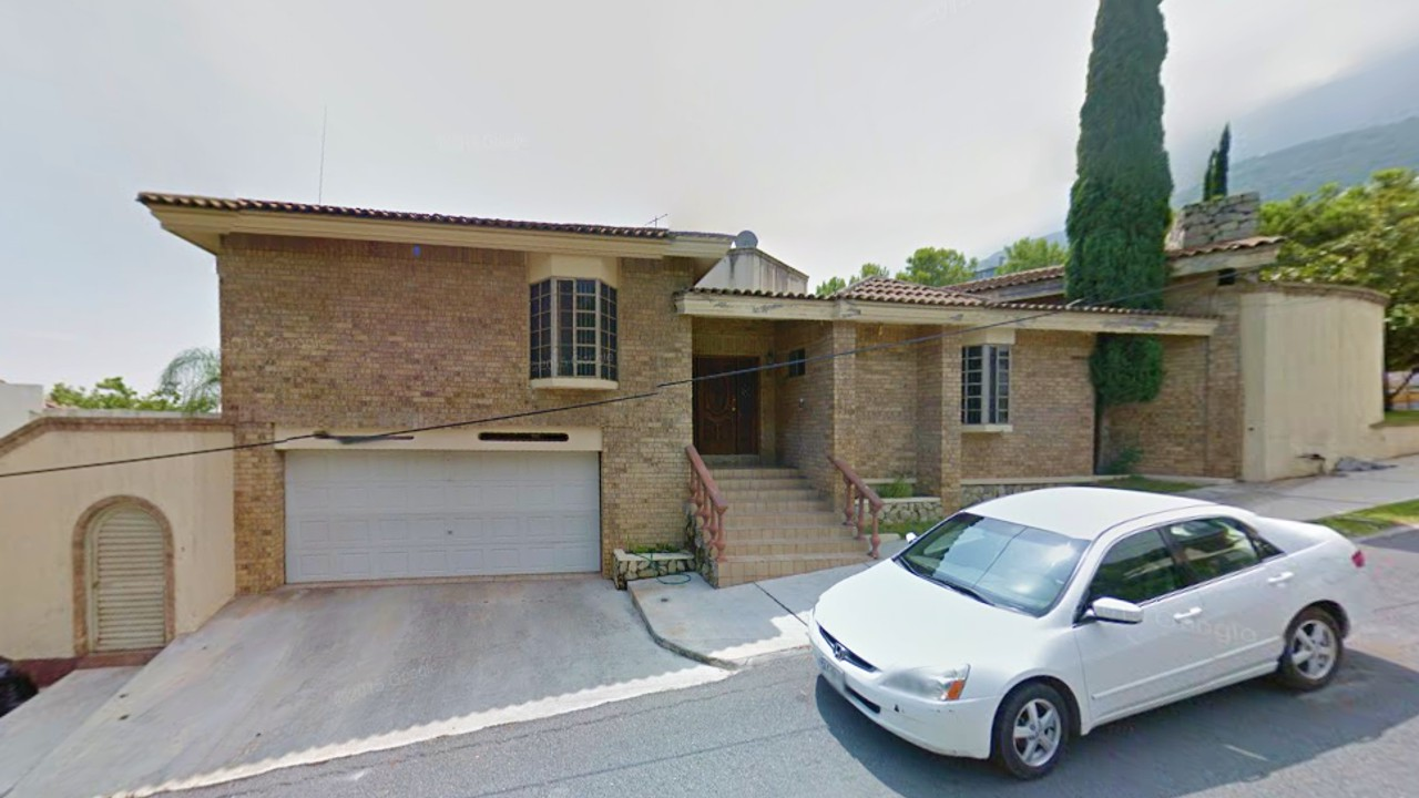 Oh fachadas 10 fachadas de casas construidas en - Casa con terreno murcia ...