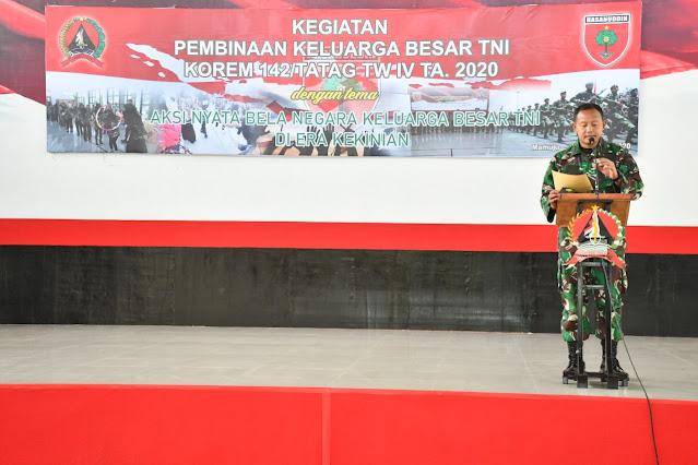 Korem 142/Tatag Lakukan Pembinaan Terhadap Keluarga Besar TNI