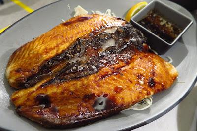 Milkfish, grilled milkfish belly
