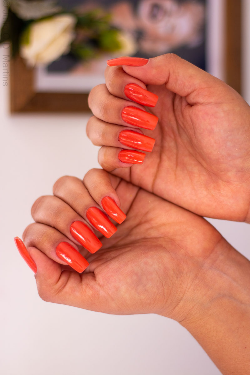 Esmalte com a cor do ano 2019 Living Coral: Are we there Yet da OPI