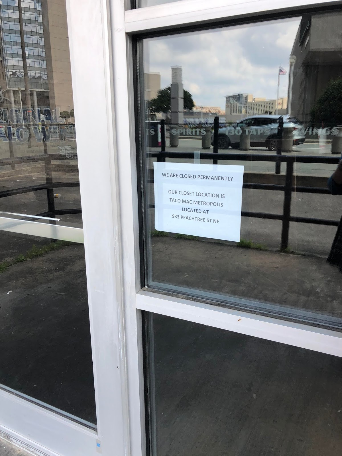 Arena And Cnn Center Across The Street From Georgia World Congress Restaurant Closed On April 30 Reportedly Without Warning