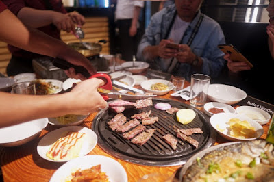 Enjoying the best Korean Barbecue in Cebu City