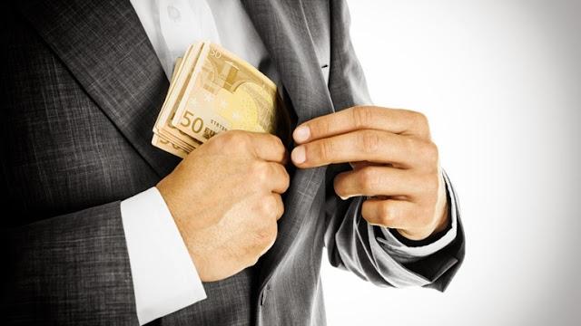 130.000 ευρώ άρπαξαν απατεώνες σε Άργος και Κόρινθο