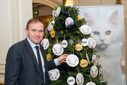 George Eustice MP at Cats Protection Christmas event