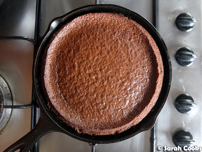 Gingerbread Skillet Pudding