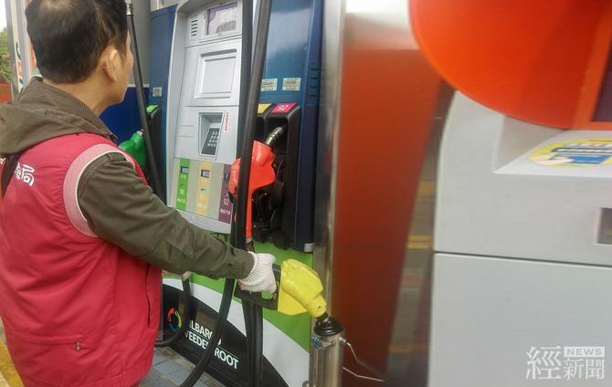 經濟部抽檢油量計準確度    99.95%合格