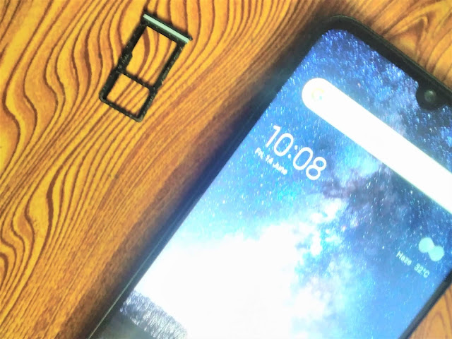 Redmi Note 7S SIM tray Redmi Note 7S Review