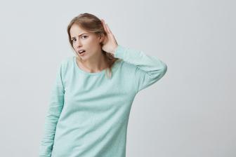 5 - Não sabe ouvir o aluno