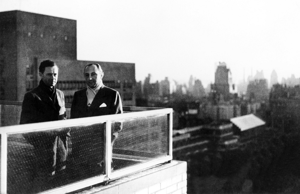 Ferry Porsche (left) and Max Hoffman in December 1951 on the terrace of Hoffman's apartment on Park Avenue, New York