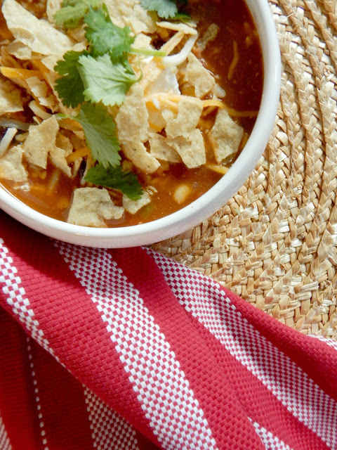 instant pot chicken enchilada soup #sweetsavoryeats #covid19